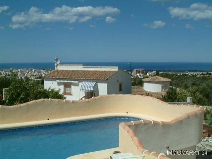 Bild 2: Villa mit Pool und tollem Ausblick auf das Meer in Rafol de Almunia
