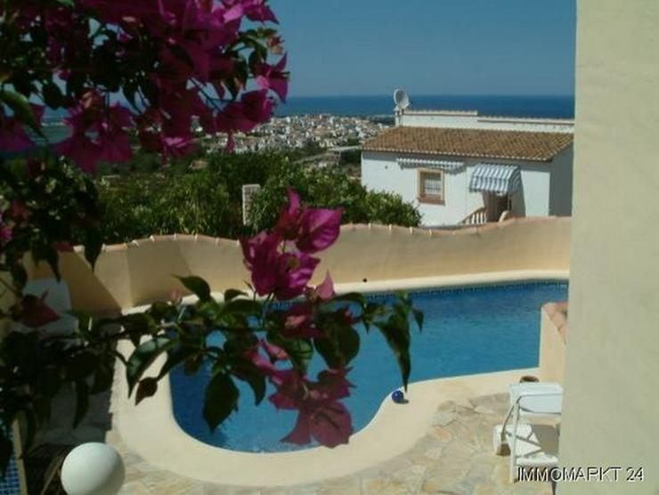 Bild 3: Villa mit Pool und tollem Ausblick auf das Meer in Rafol de Almunia