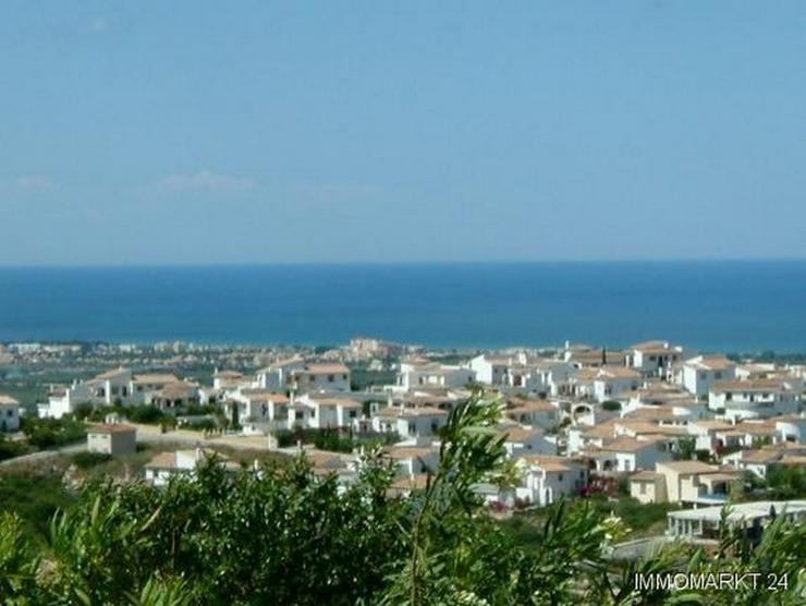 Villa mit Pool und tollem Ausblick auf das Meer in Rafol de Almunia - Haus kaufen - Bild 1