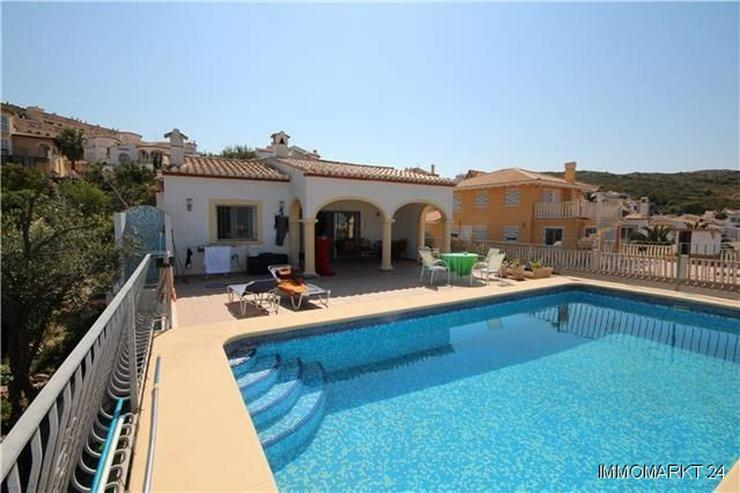 Gepflegte Villa in sonniger Lage mit Meerblick - Haus kaufen - Bild 1