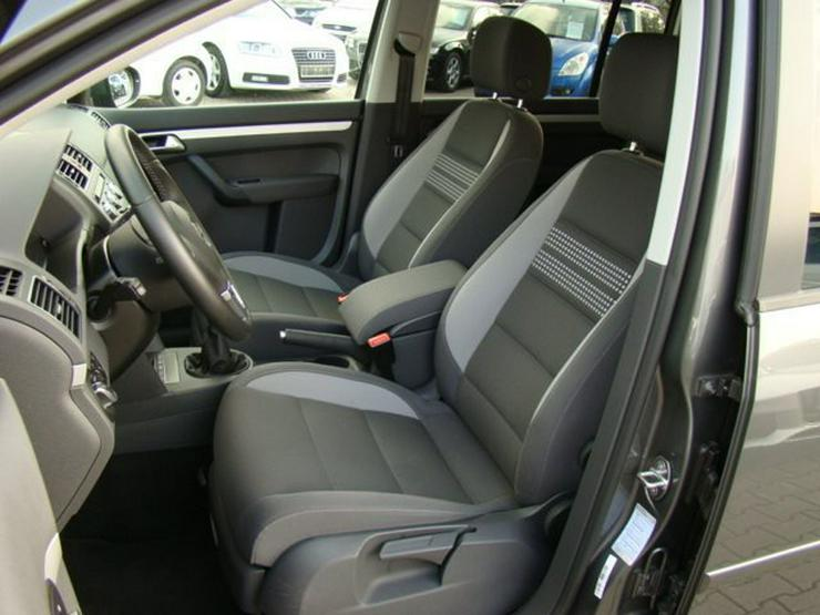 Bild 6: VW Touran 1.6TDI BMT Life FamilyPaket Navi 16''