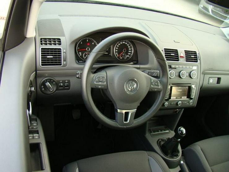 Bild 5: VW Touran 1.6TDI BMT Life FamilyPaket Navi 16''