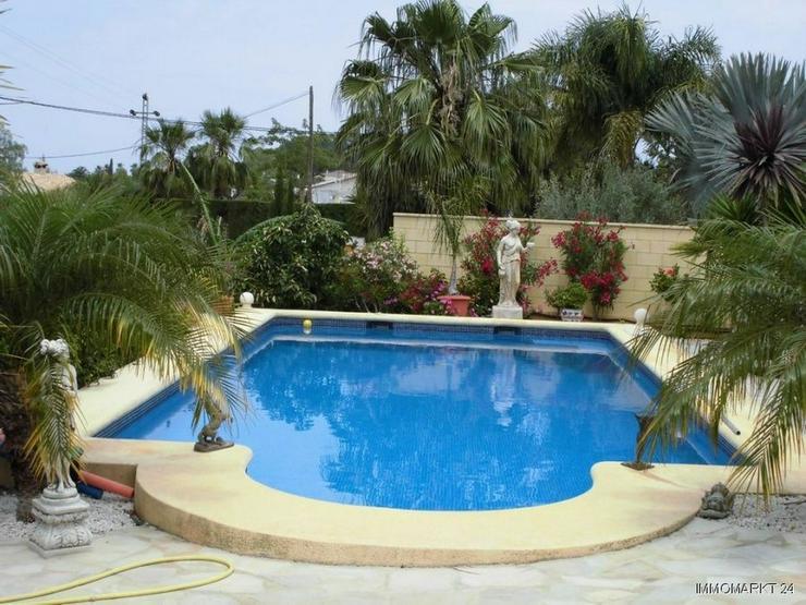 Bild 2: Moderne Villa in Las Troyas