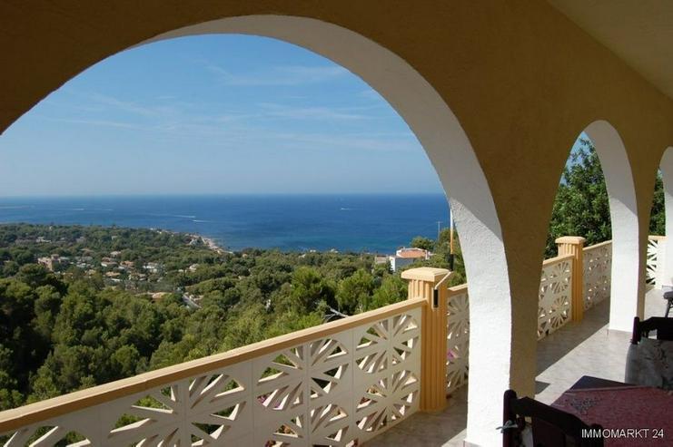 Bild 3: Villa mit zwei separaten Wohnungen und Meerblick