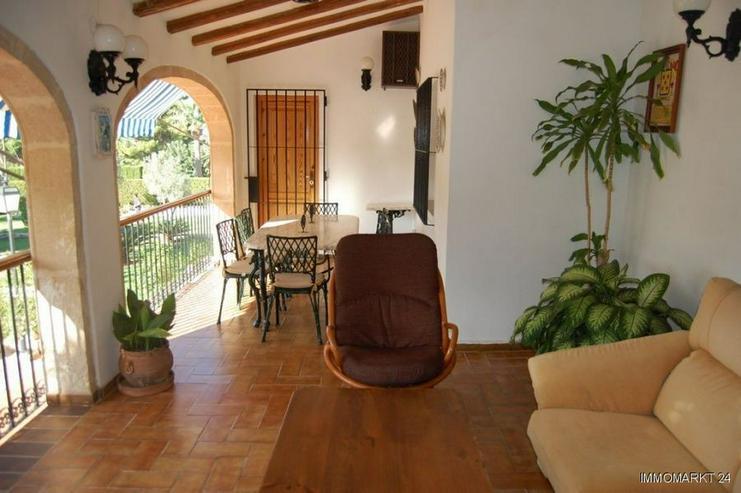Bild 4: Großzügige Villa mit Pool in Javea