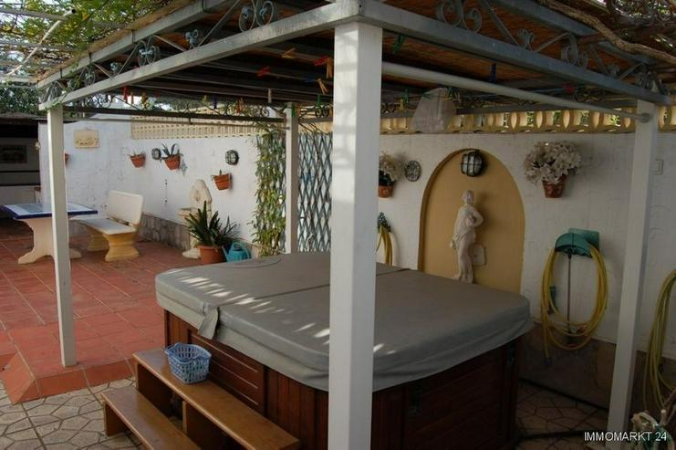 Bild 6: Villa mit Pool in Campusos