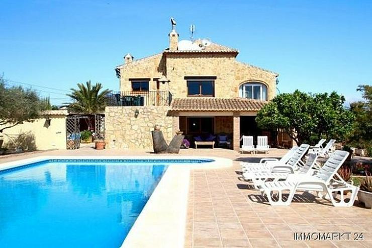 Landhaus-Villa mit wunderschöner Natursteinfassada und zwei Wohneinheiten in Tarraula - Haus kaufen - Bild 1