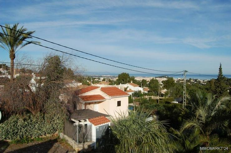Bild 4: Villa mit Pool und Meerblick
