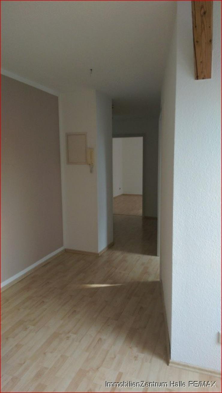 Bild 5: Schicke 3-Raum DG Wohnung mit offener Küche, hellem Laminat in der Südstadt/ Rosengarten...