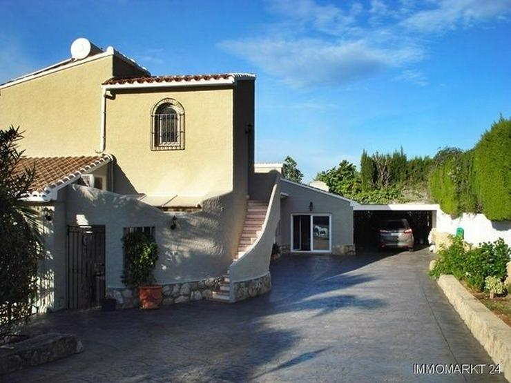 Bild 2: Villa mit wunderschönem Garten und Privatpool