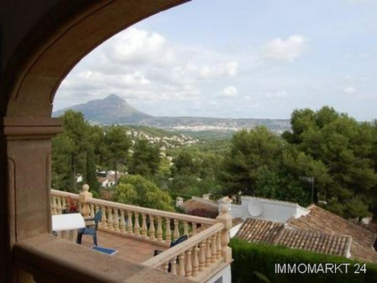 Bild 3: Kürzlich renovierte Villa mit herrlichem Meerblick