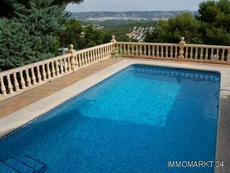 Bild 2: Kürzlich renovierte Villa mit herrlichem Meerblick