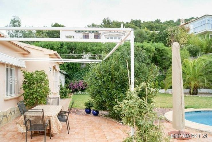 Bild 2: Schöne Villa mit Pool und Gästeappartement