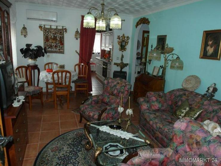 Bild 6: Sehr gepflegte Villa mit 2 Wintergärten und Garage