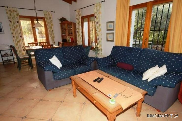 Bild 5: Villa mit Pool und Bergsicht auf dem Monte Pego