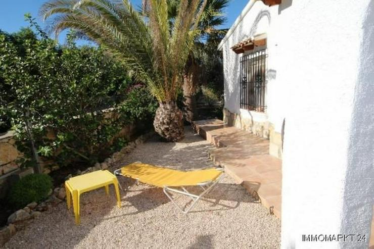 Bild 6: Villa mit Pool und Bergsicht auf dem Monte Pego