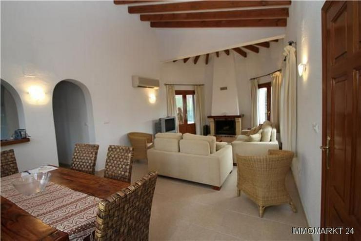 Bild 2: Sehr schöne und moderne Villa in Südlage mit herrlicher Bergsicht