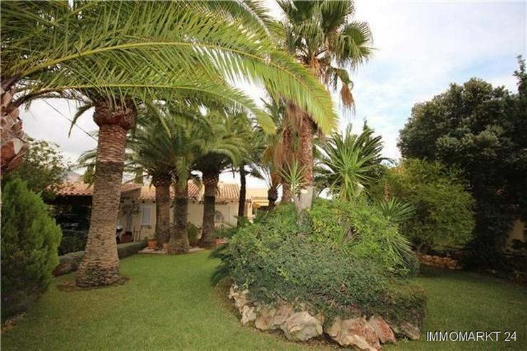 Bild 3: Wunderschöne Villa mit Pool und einzigartigem Meerblick