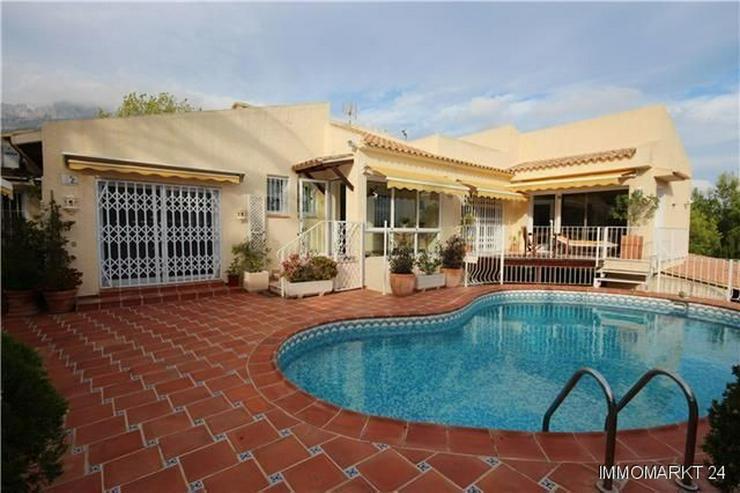Wunderschöne Villa mit Pool und einzigartigem Meerblick - Haus kaufen - Bild 1