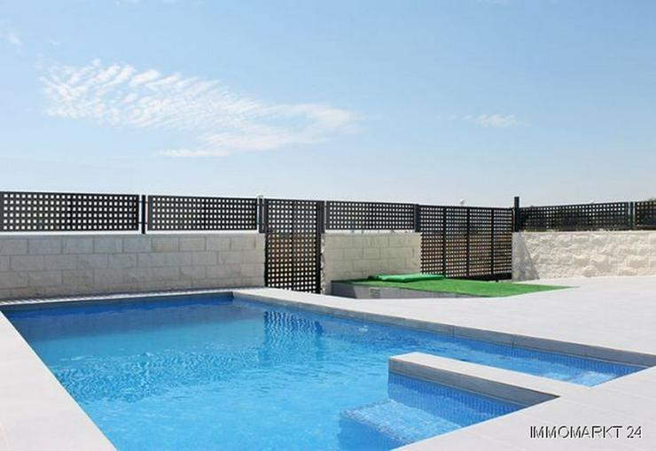 Bild 2: Moderne 3-Zimmer-Villen in abgeschlossener Anlage