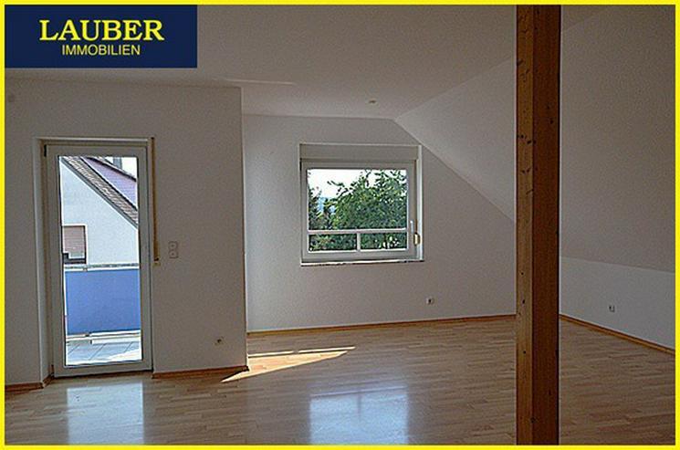 Bild 3: LAUBER IMMOBILIEN: 3-Zi.-DG-Maisonette-Whg. mit Balkon in Gründau / Niedergründau