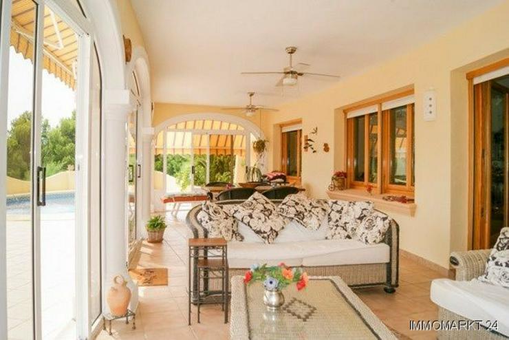 Bild 6: Villa mit Pool und Gästeappartement