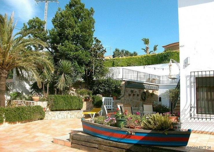 Bild 5: Großzügige Villa mit Meerblick in Stadtnähe