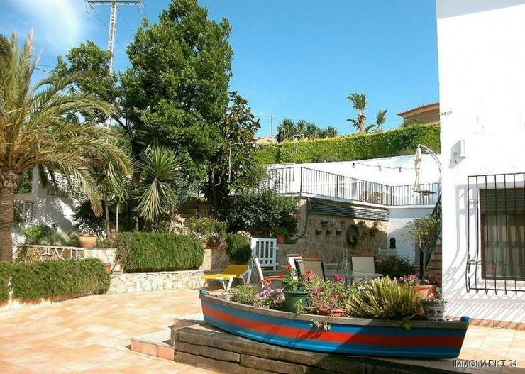 Bild 3: Großzügige Villa mit Meerblick in Stadtnähe