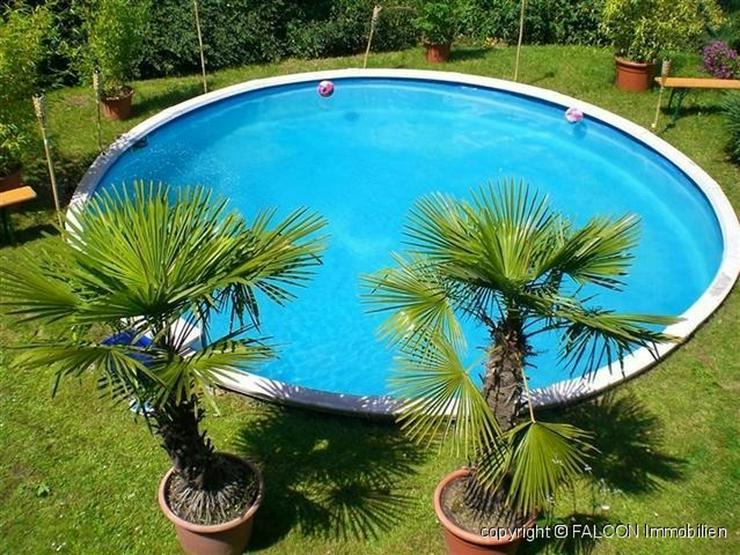 Großzügiges Villenanwesen mit Pool in top Lage und herrlicher Fernsicht, Doppelgarage, K... - Haus kaufen - Bild 1