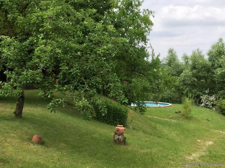 Bild 4: Großzügiges Villenanwesen mit Pool in top Lage und herrlicher Fernsicht, Doppelgarage, K...