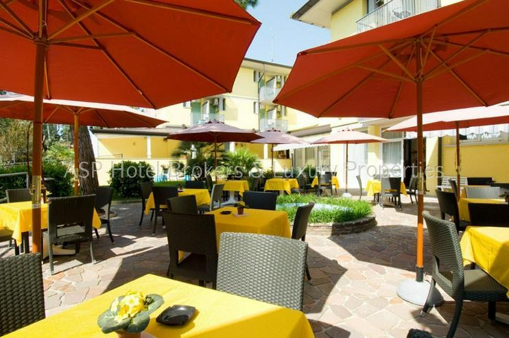 Bild 5: 3-Sterne Ferienhotel in Grado / Adria ca. 100 Meter vom Strand mit Parkgrundstück zu verk...