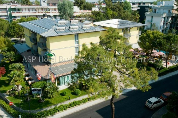 3-Sterne Ferienhotel in Grado / Adria ca. 100 Meter vom Strand mit Parkgrundstück zu verk...