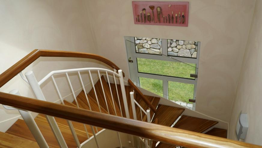 Bild 4: Familienfreundliches Architektenhaus in ruhiger Ortsrandlage