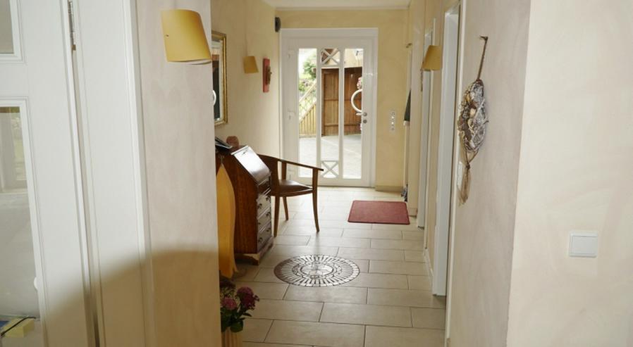 Bild 5: Familienfreundliches Architektenhaus in ruhiger Ortsrandlage