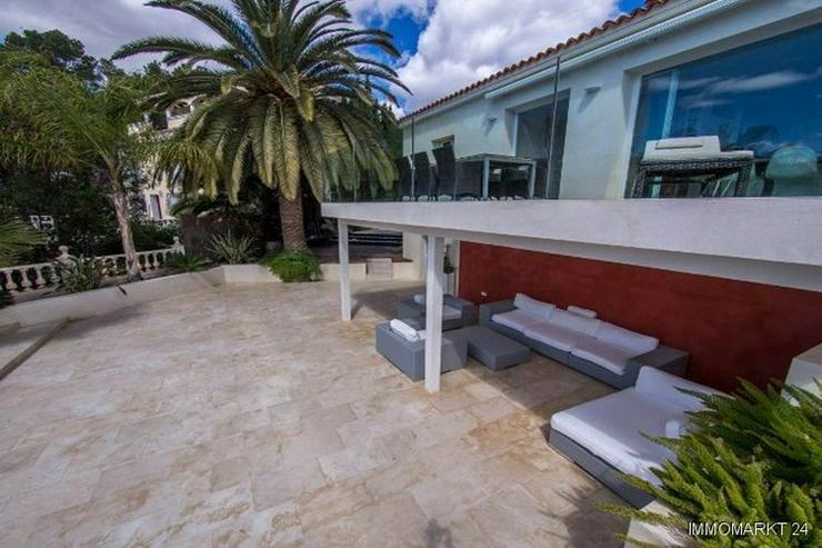 Bild 3: Atemberaubende Villa mit einmaligem Küsten- und Meerblick