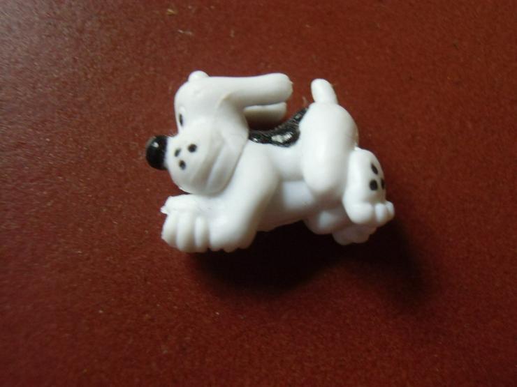 Bild 2: 2 kleine Figürchen vom Pony Club
