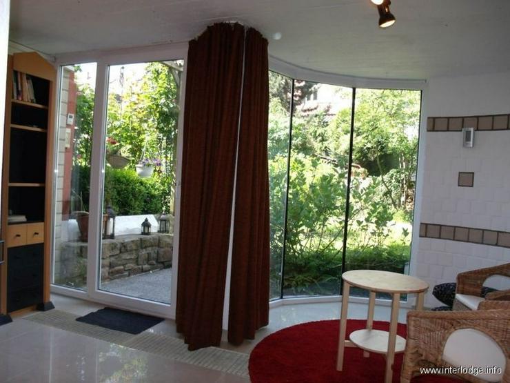 Bild 3: INTERLODGE Sehr ruhiges Apartment mit Terrasse in schönem Altbau mitten in Bredeney