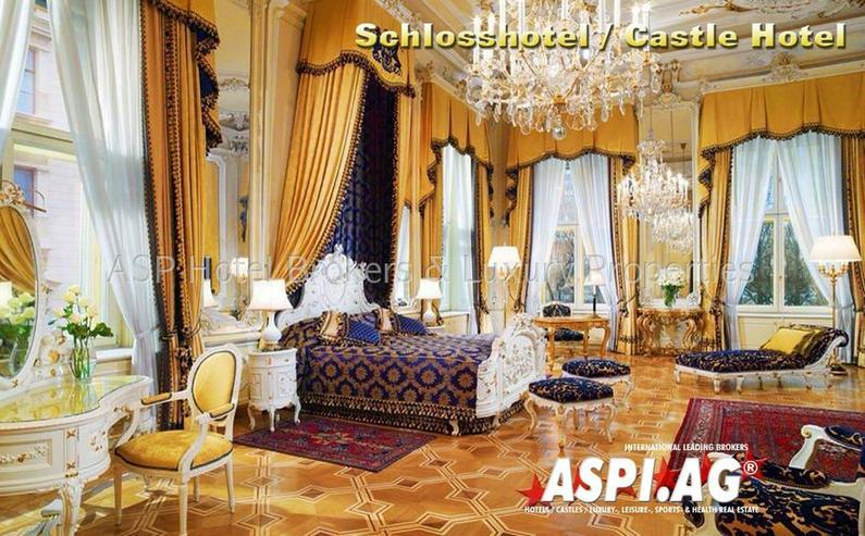 Luxuriöses traumhaft saniertes Wasserschloss Schloss Hotel im Rheinland / westliches Ruhr... - Gewerbeimmobilie kaufen - Bild 1