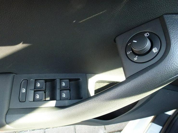Bild 2: SKODA Octavia Combi 2,0 TDI DSG RS - Panorma-Dach