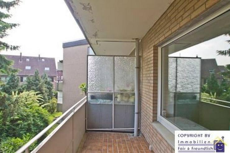 Bild 2: *ZUHAUSE! TOLL GESCHNITTEN MIT SONNENBALKON und Fensterbad, Kleinenbroich*