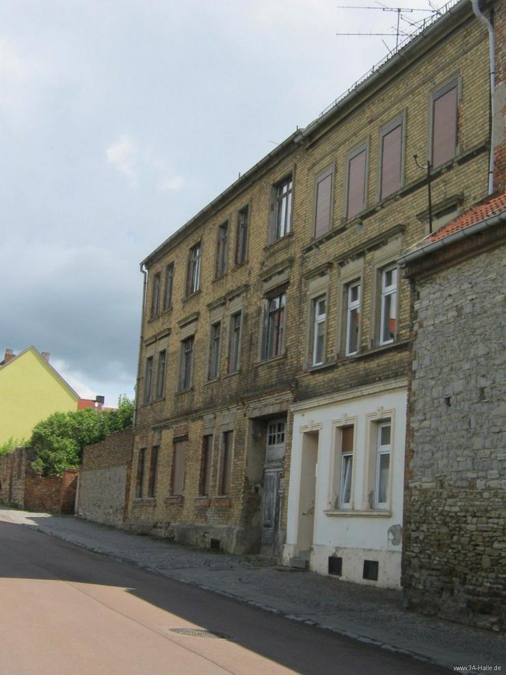 Bild 2: Sanierungsobjekt unmittelbar in der Innenstadt von Aschersleben