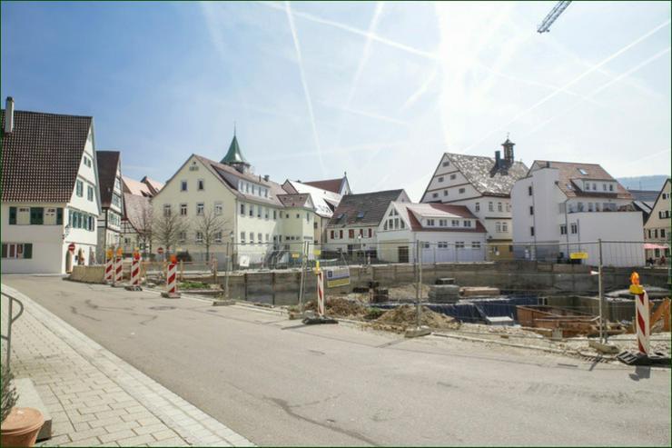 Bild 2: BEREITS 60% VERKAUFT: Moderne 3 Zimmer-Wohnung + Balkon + Tageslichtbad + großer Wohnbere...