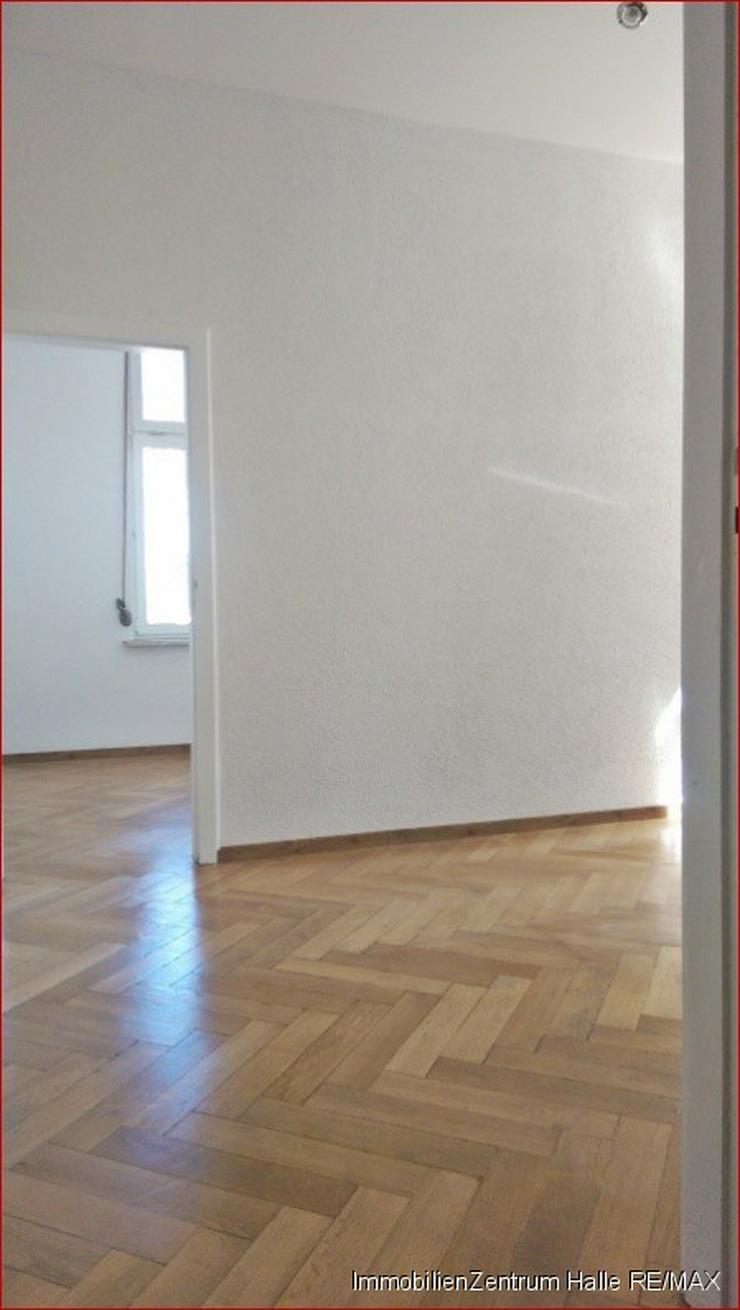 Bild 3: TOP ! Tolle 4-Raum Altbauwohnung (110 ²) mit EBK, Parkett und Garten im Osten von Halle...