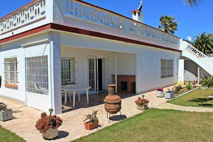 Bild 3: Ferienhaus für 6 Personen, großer Garten