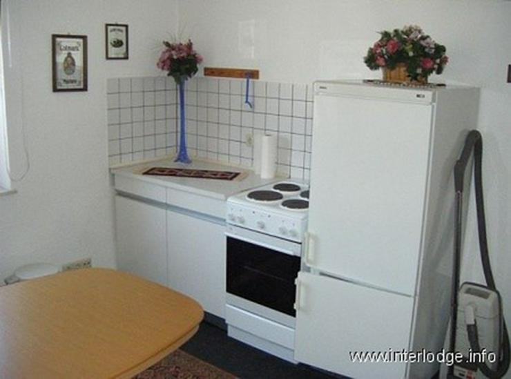 Bild 3: INTERLODGE Zweckmäßig eingerichtetes Gästezimmer in Essen-Borbeck