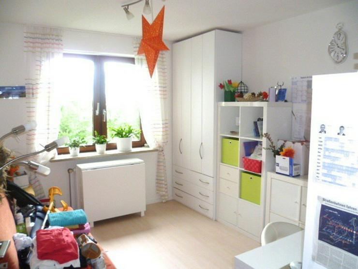 Gundelfingen - Solide Kapitalanlage, 3,5 Zimmer, Aufzug, 2 Bäder, 2 Balkone - ruhige Lage - Haus kaufen - Bild 3
