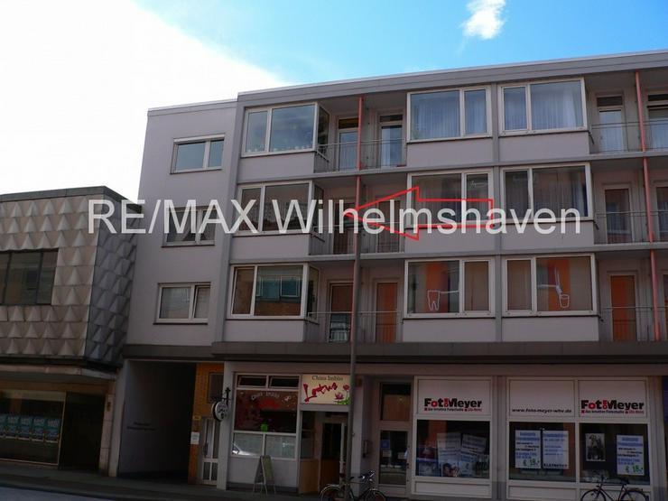 Bild 2: REMAX bietet an: Große Eigentumswohnung in der City