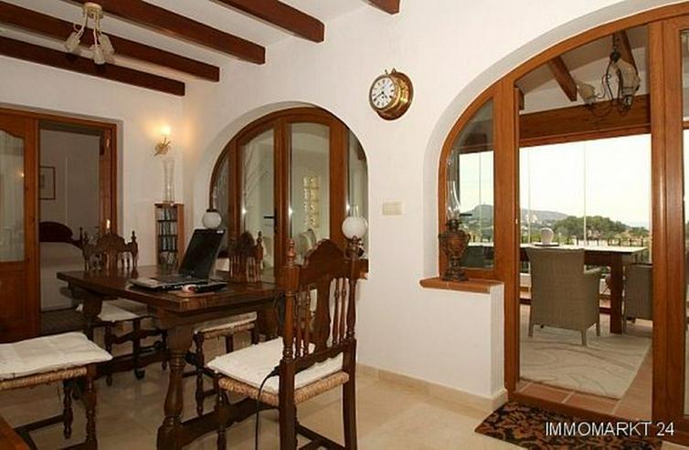 Bild 3: Villa mit Panorama- und Meerblick in Tabaira