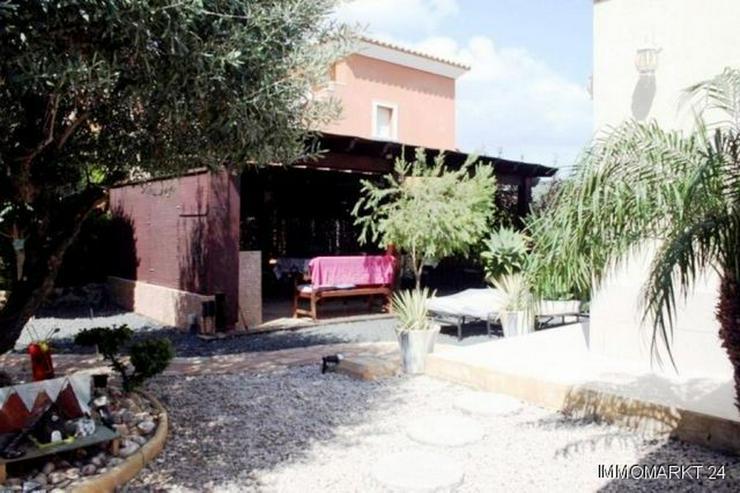 Bild 4: Villa mit Meerblick