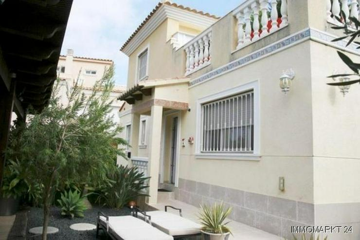 Villa mit Meerblick - Haus kaufen - Bild 1